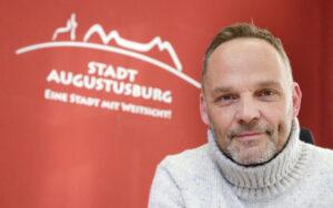 Im Gespräch mit Dirk Neubauer...darüber, wie Gesellschaft geht. @ Petrikirche